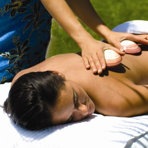Ananda-Healing-Hot-Lava-Shell-Massage